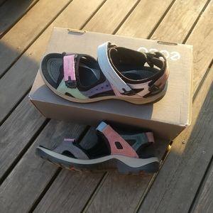 Ecco Yucatan Sandal / outdoor / retro / chunky
